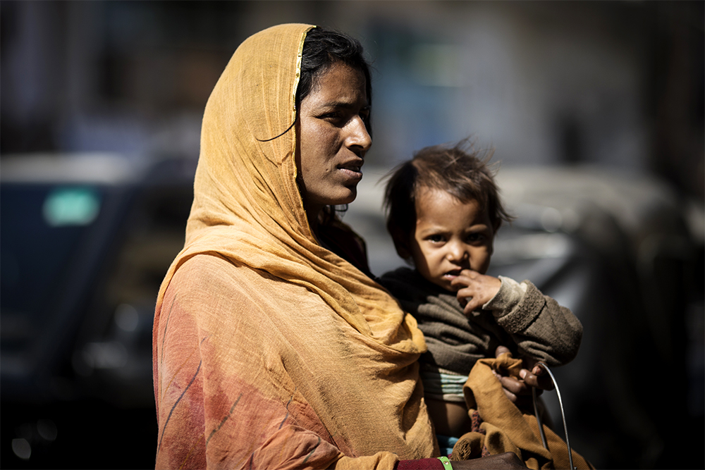 mother-and-daughter-in-udaipur-copia